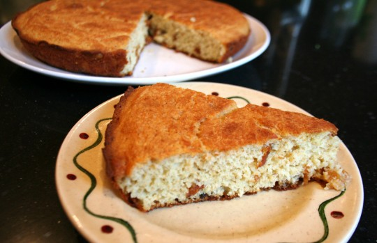 Cornbread with cracklings