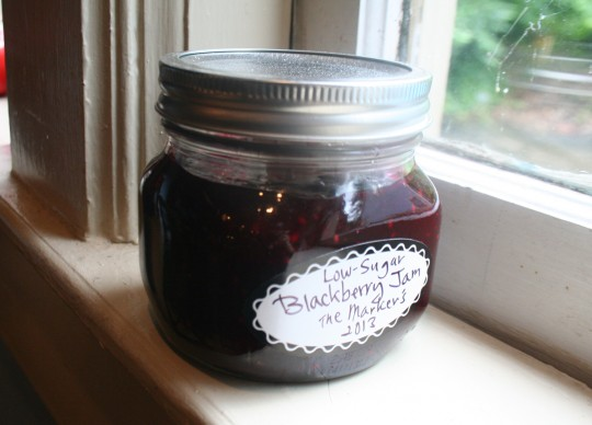 Low-Sugar Blackberry Jam