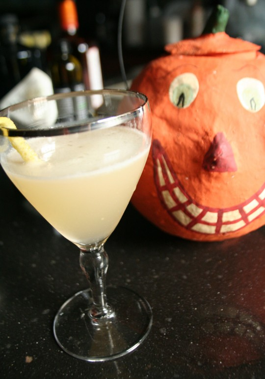 Halloween Cocktail - Corpse Reviver No.2