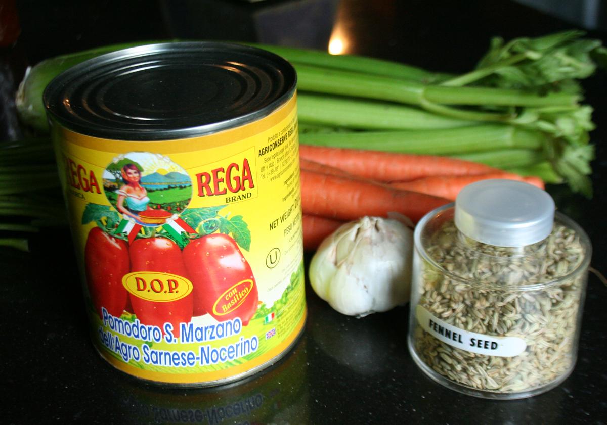 Quick Tomato Sauce Ingredients